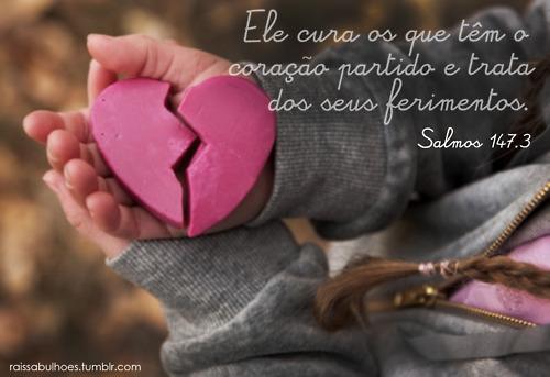 Recado Facebook O Senhor cura os corações feridos