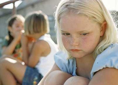Recado Facebook Você quer ajudar as pessoas a superarem o Bullying? Faça o curso de Bullying e ajude a combater este mal que tem afetado muito a nossa juventude.